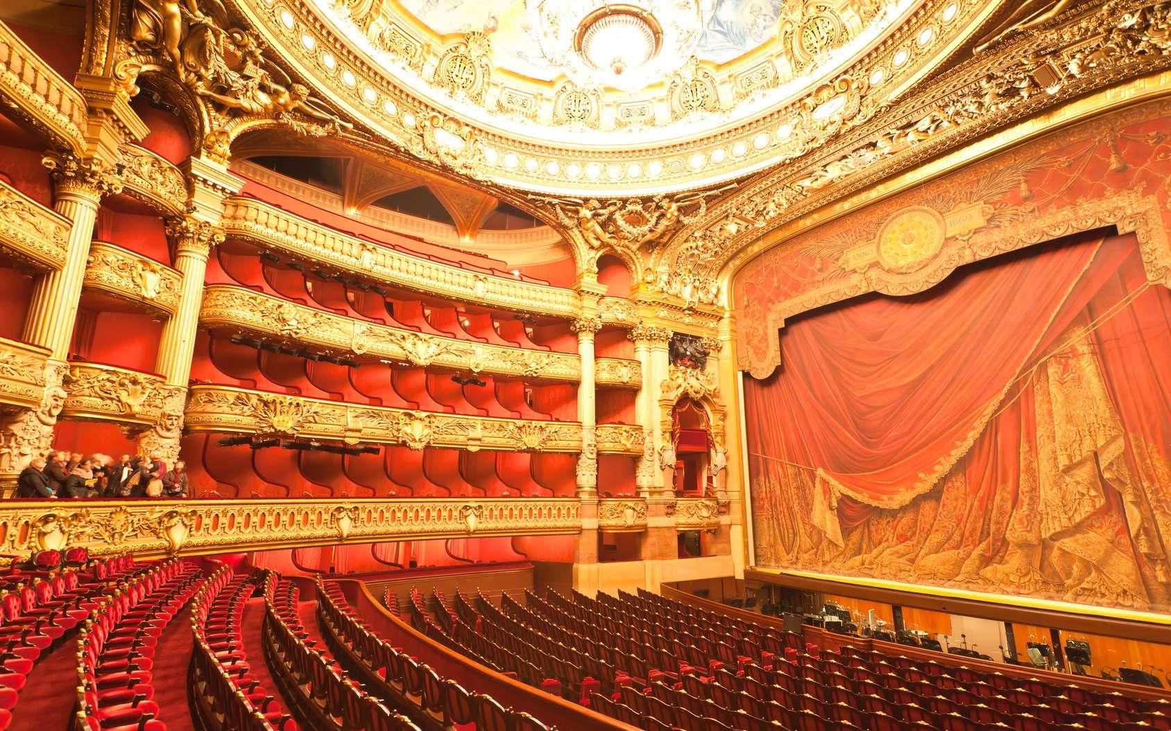 Visitez l'opéra Garnier, à Paris. © Gary, Fotolia