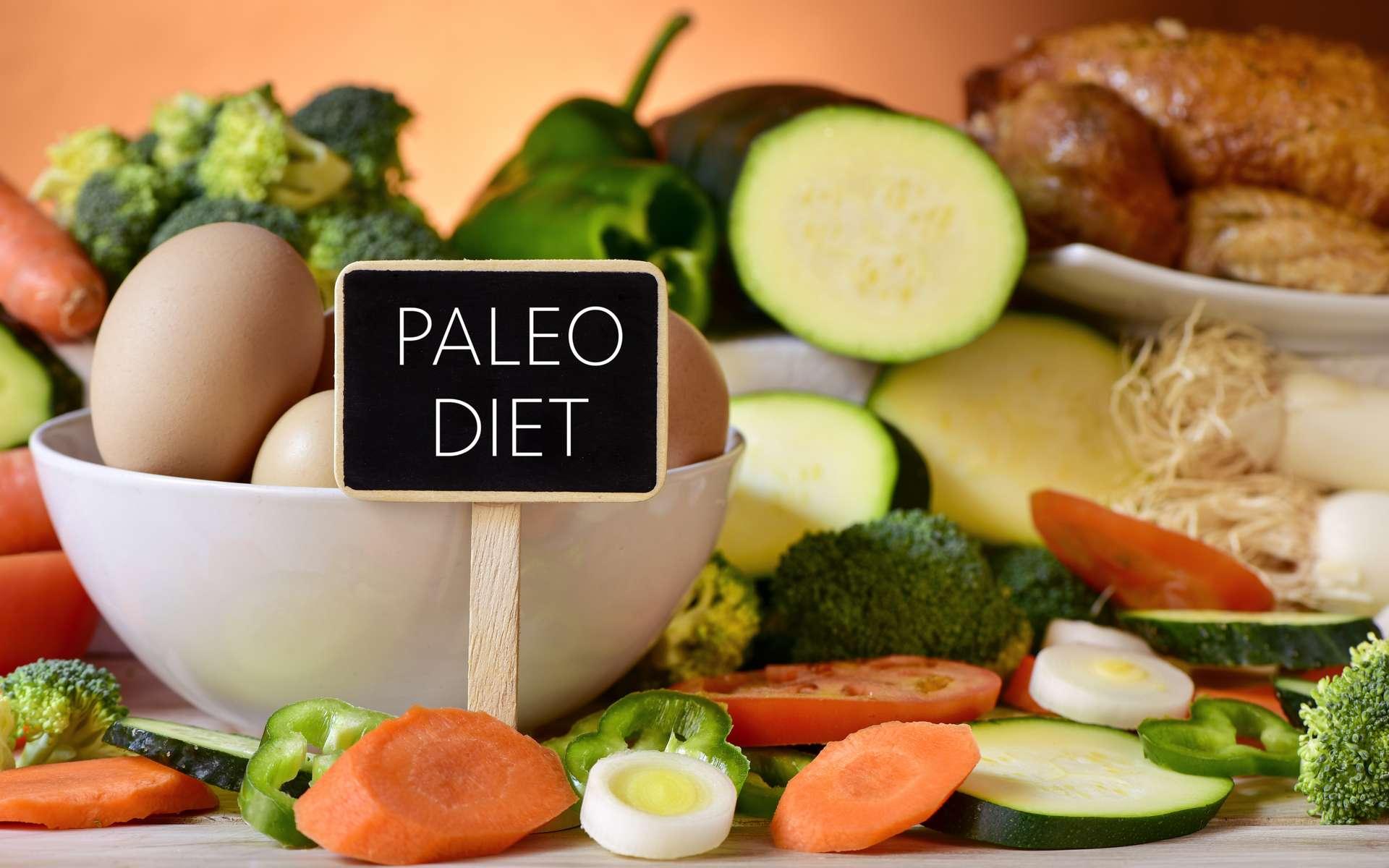 Le régime paléolithique du XXIe siècle est composé d'animaux, de fruits et légumes, ainsi que d'oléagineux. © Nito, Adobe Stock