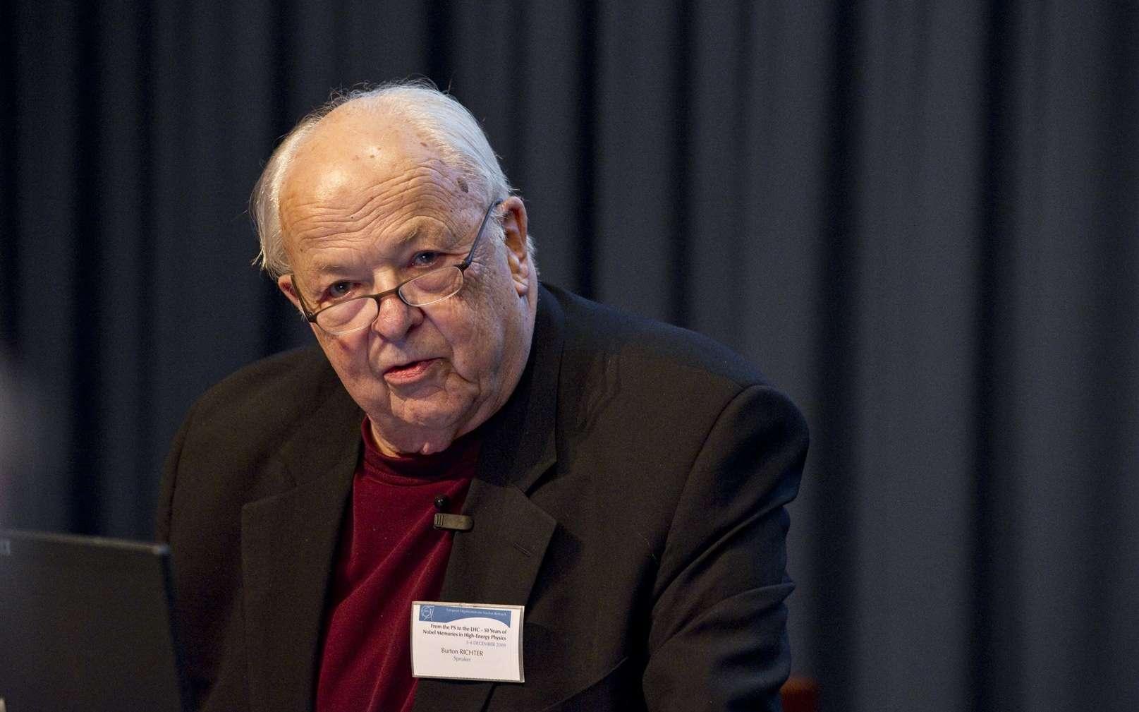 Burton Richter, l'un des découvreurs du quark charmé, est décédé. © Cern