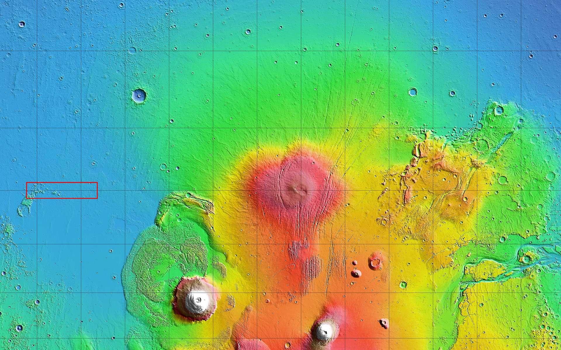 Le rectangle rouge représente la zone à l'intérieur de laquelle la Nasa et SpaceX ont identifié plusieurs sites d'atterrissage potentiels pour le Starship. © Nasa, Mola Science Team