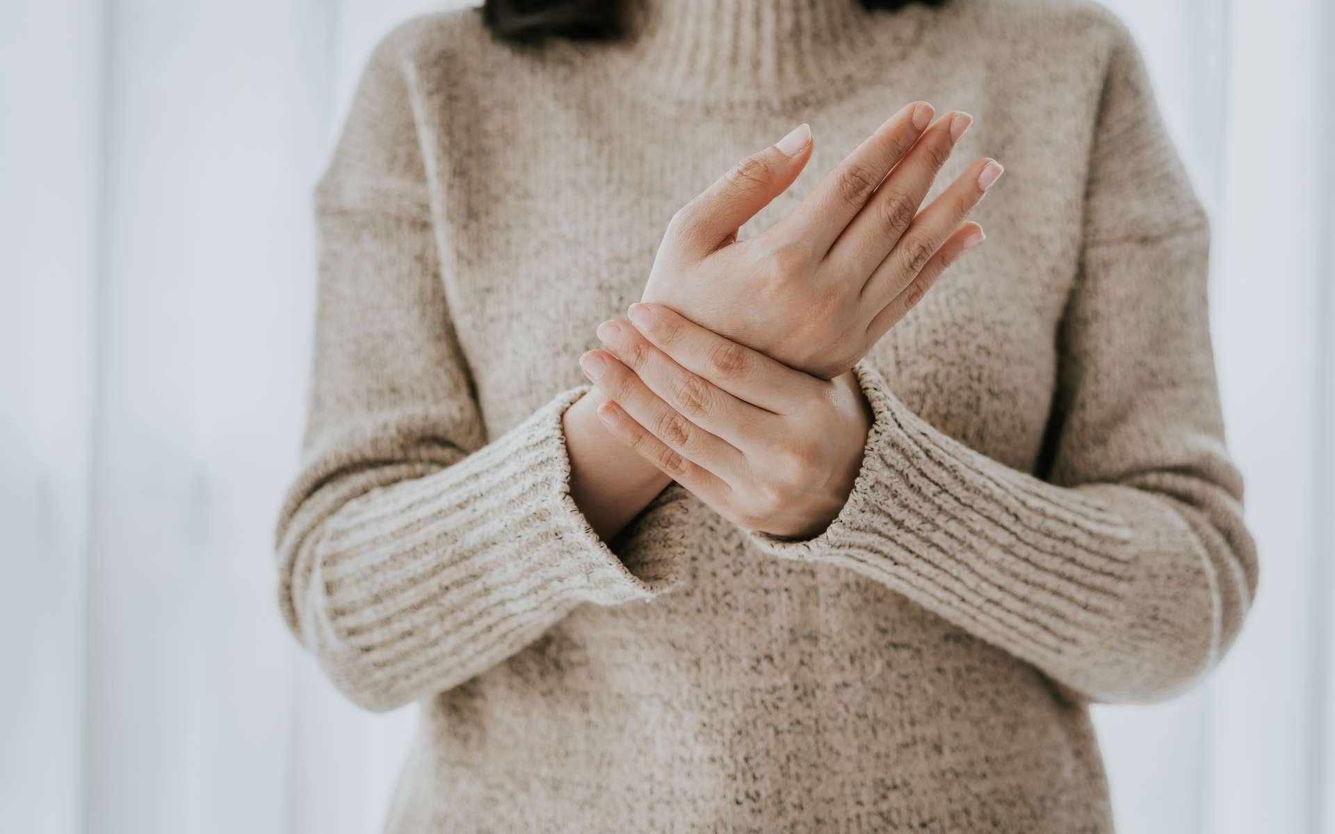 Découvrez des conseils simples et efficaces à prendre en compte pour soulager l'inflammation des articulations © interstid, Adobe Stock