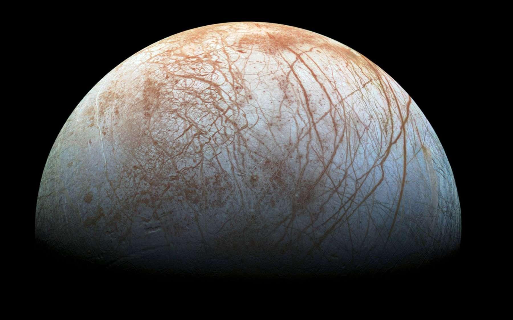 Une photographie de la surface d'Europe prise par la sonde Galileo. © Nasa