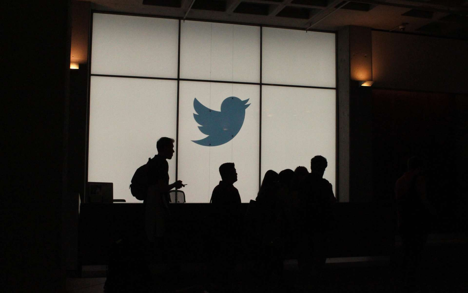 Twitter a choisi de jouer la transparence mais cela suffira-t-il à éteindre l'incendie ? © Glenn CHAPMAN, AFP
