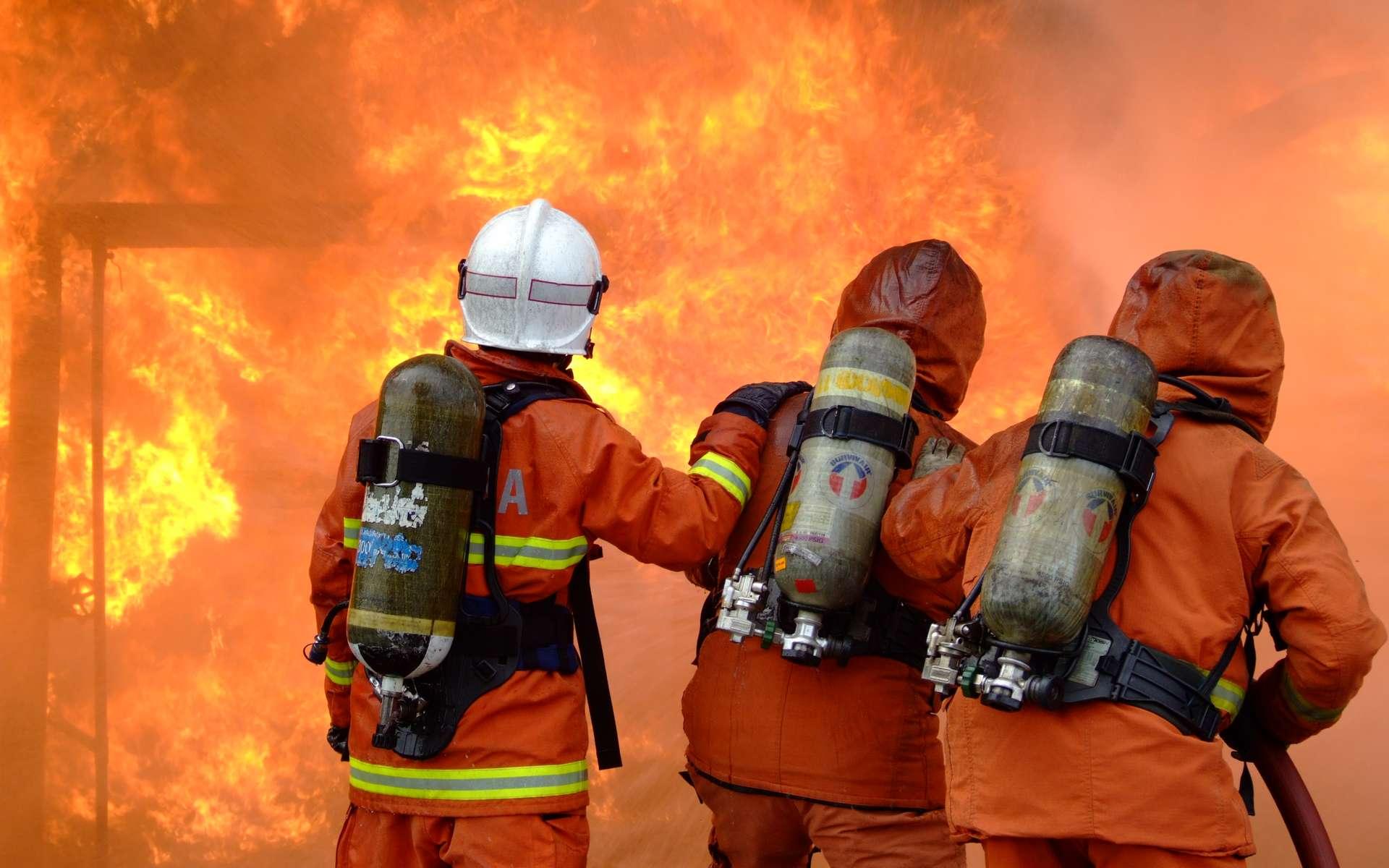 Un coupe-feu limite le développement d'un incendie. © Zagreb-Fire, Domaine public, Wikimedia Commons