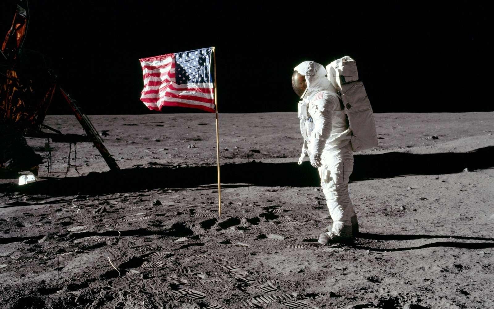 Derrière la mission Apollo 11, on trouve des ordinateurs rudimentaires, peu puissants et pourtant indispensables pour ramener l'équipage sur Terre. © Nasa