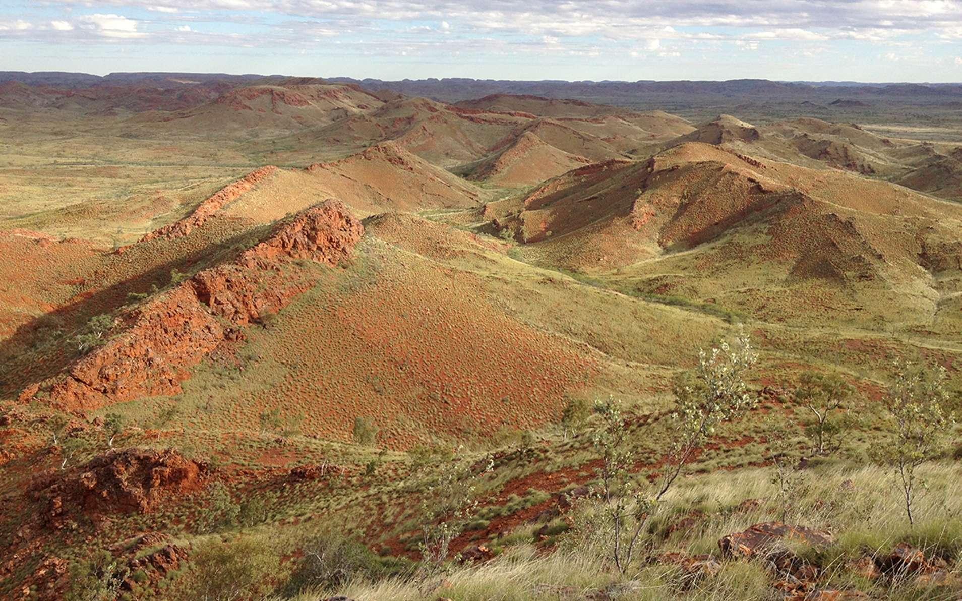 Une vue de la région de Pilbara en Australie où l'on trouve des indications sur l'apparition de la vie sur Terre pendant l'Archéen. © Kathy Campbell, University of New South Wales