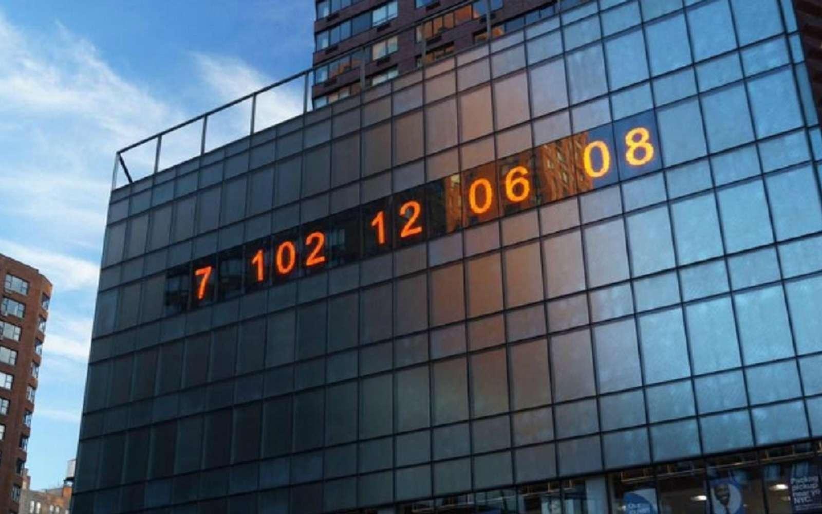 Le Metronome de New York, transformé en horloge climatique. © Zack Winestine, The Climate Clock