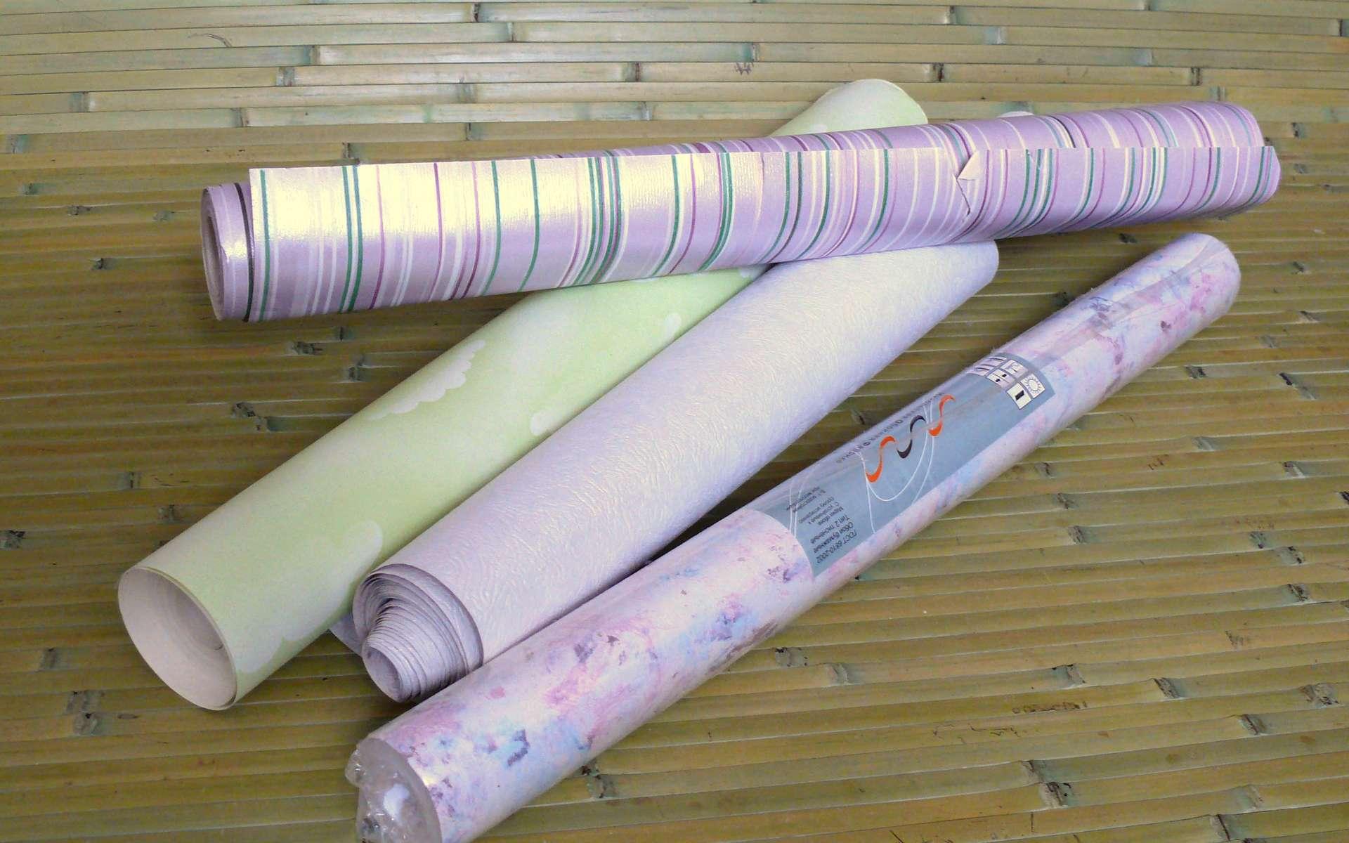 Le papier peint est un revêtement mural disponible sous forme de rouleaux. © CC BY-SA 3.0, Wikimedia Commons