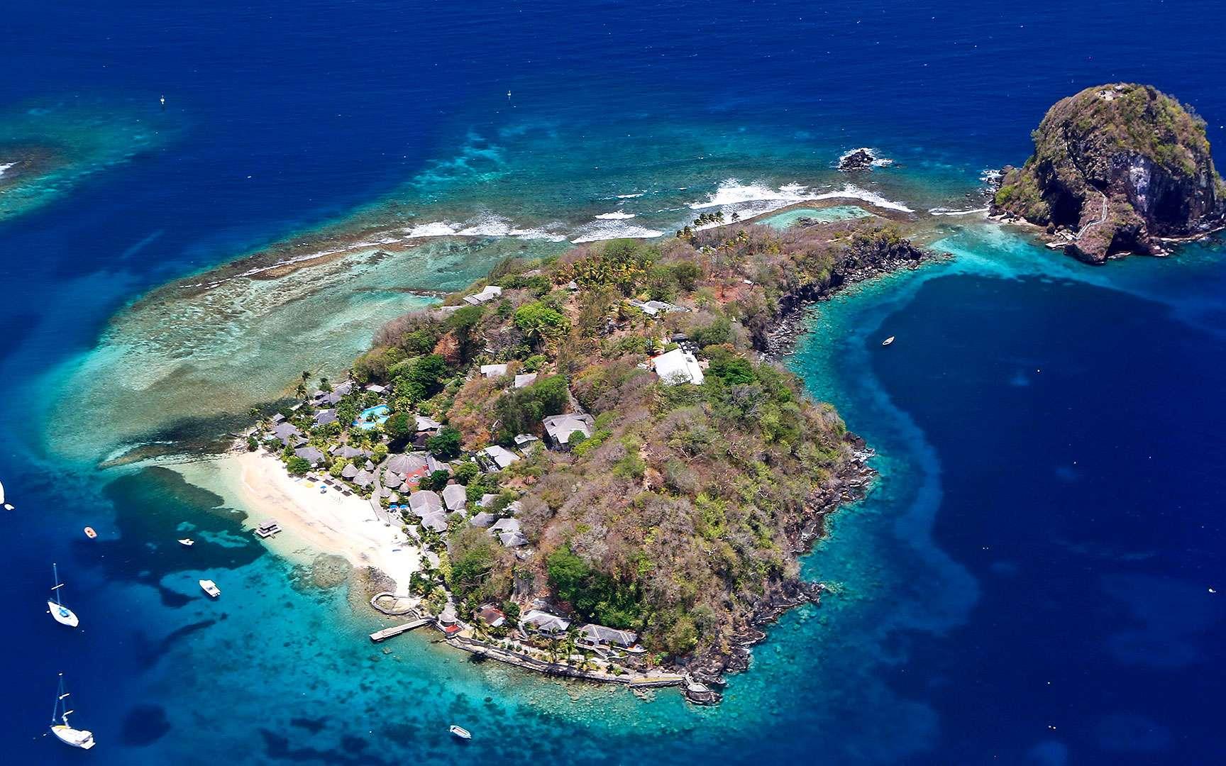 Quelque part dans les Grenadines, un chapelet d'îles des Petites Antilles, entre la mer des Caraïbes et l'Atlantique. © Antoine