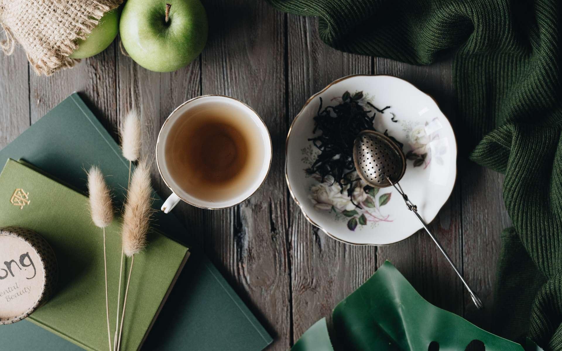 Le thé, une boisson aux propriétés bienfaisantes à laisser infuser trois minutes environ. © Alleksana, Pexels