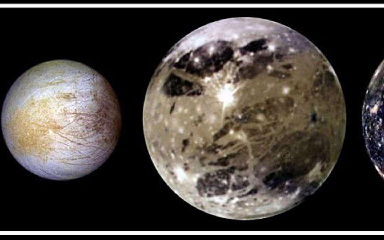 Io, Europe, Ganymède et Callisto : les quatre satellites galiléens, vus par la sonde Galileo en novembre 1997. © Nasa, JPL, DLR