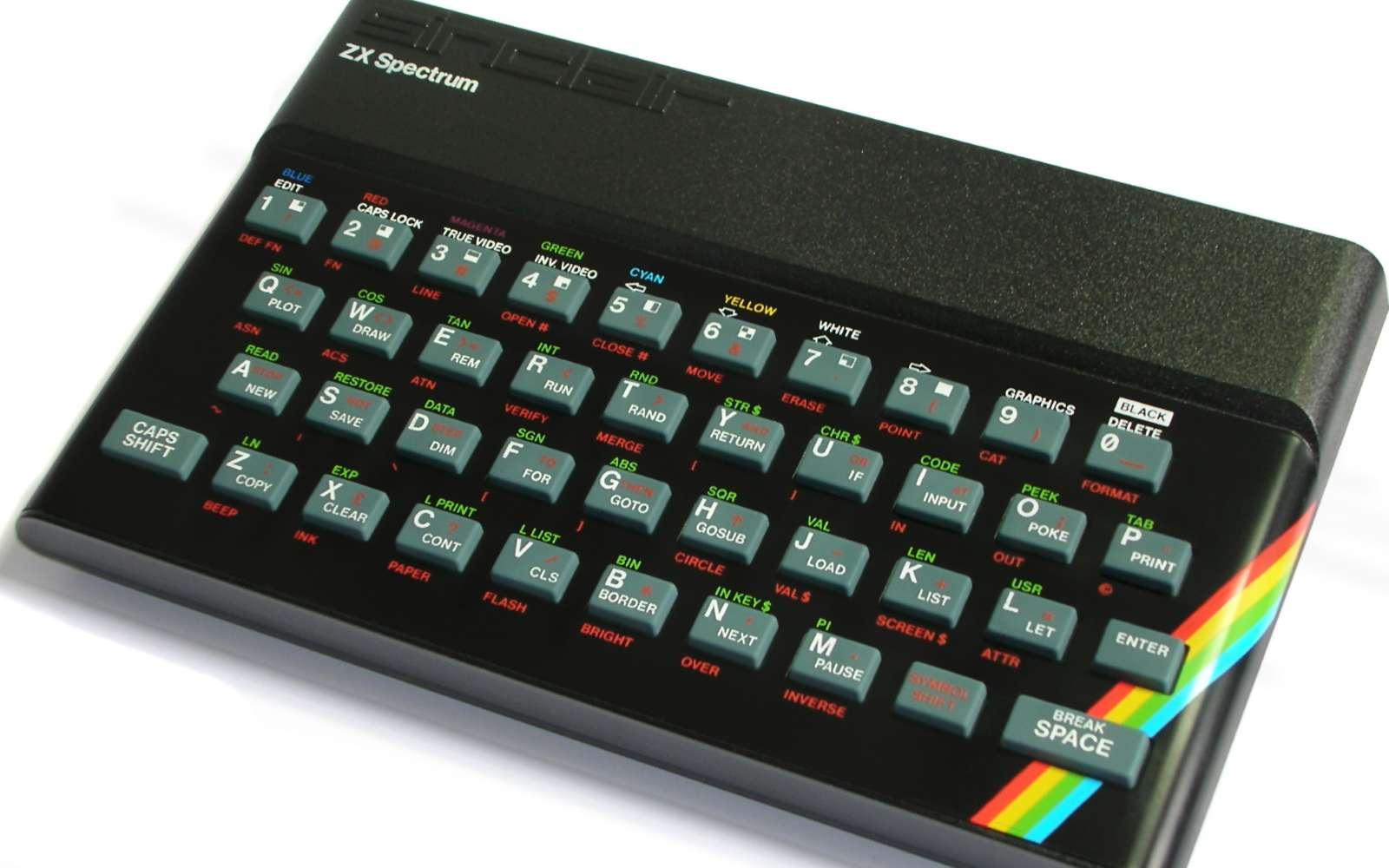 Si vous avez un ordinateur devant vous pour lire cet article, c'est en grande partie grâce au génie de Clive Sinclair. © Bill Bertam, Wikipedia