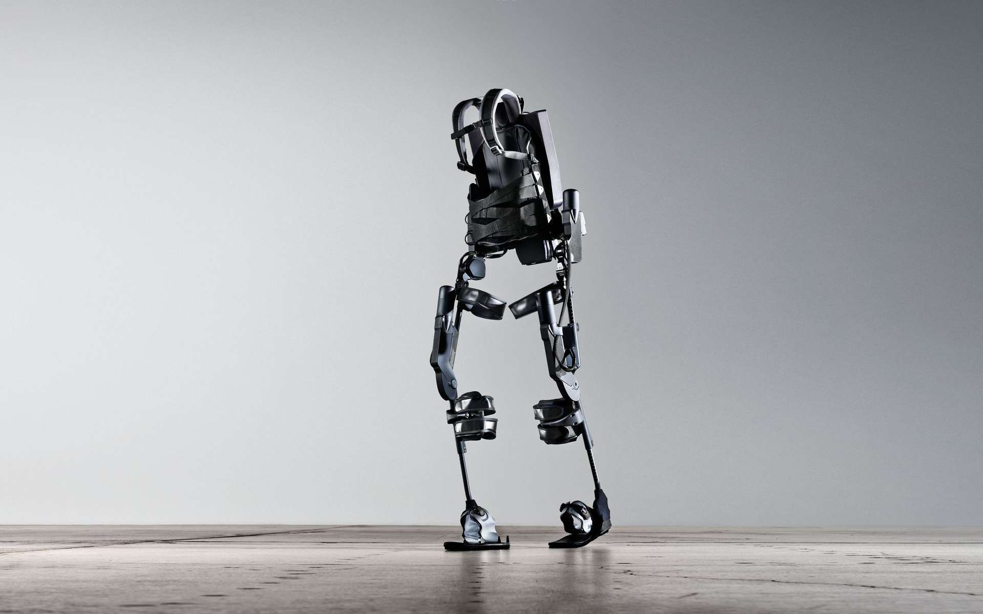 Les exosquelettes actuels sont des prodiges de technologie mais pas d'ergonomie… L'invention des chercheurs de l'université d'Hiroshima (Japon) ouvre des perspectives prometteuses. © Ekso Bionics Ekso, Flickr, CC by-nd 2.0