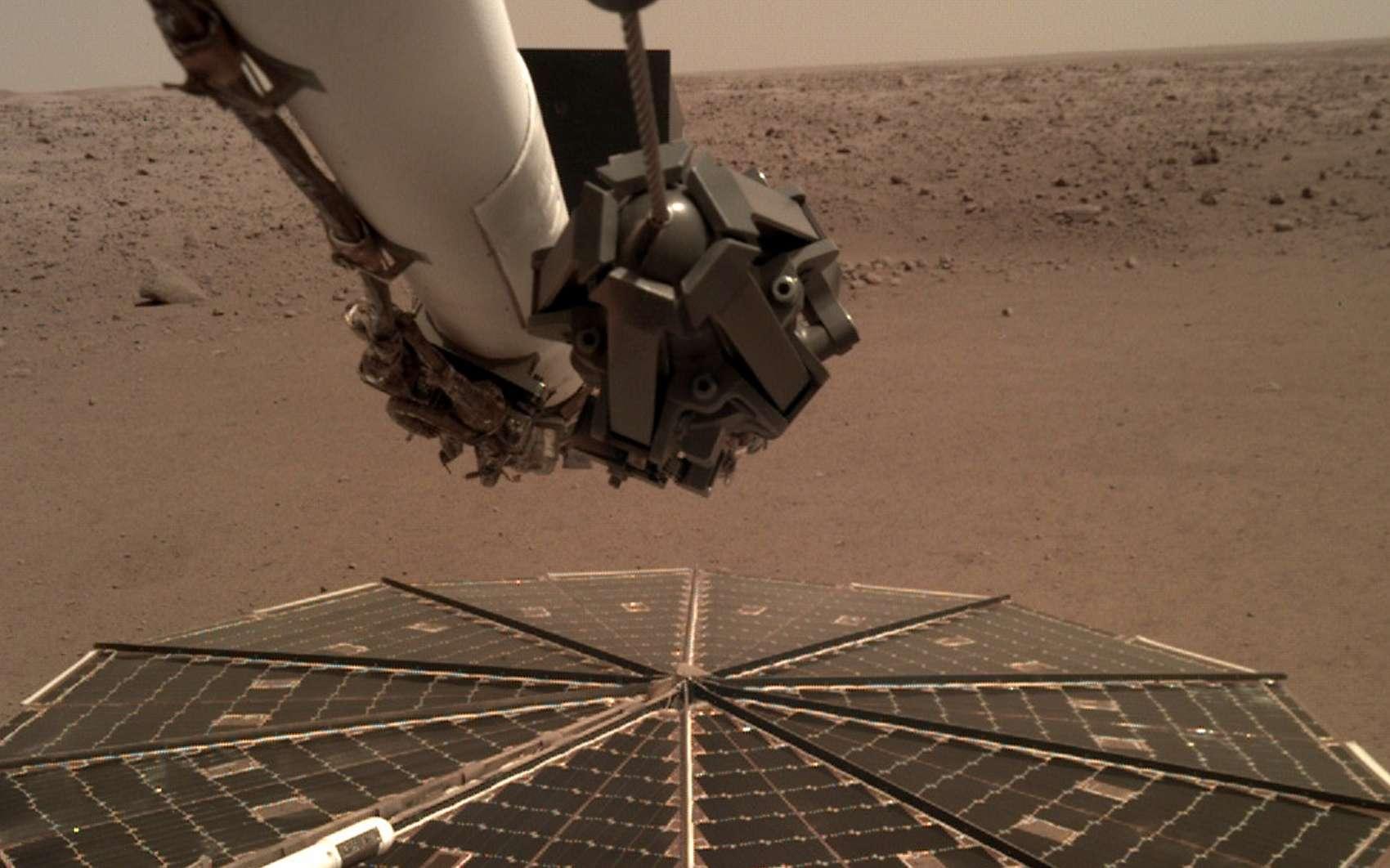InSight sur son site d'atterrissage sur Mars. © Nasa, JPL-Caltech