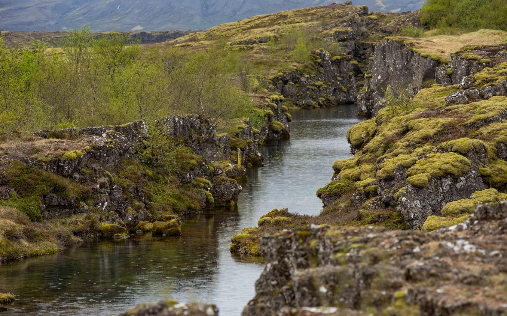 La fissure de Silfra en Islande. © salajean, Fotolia