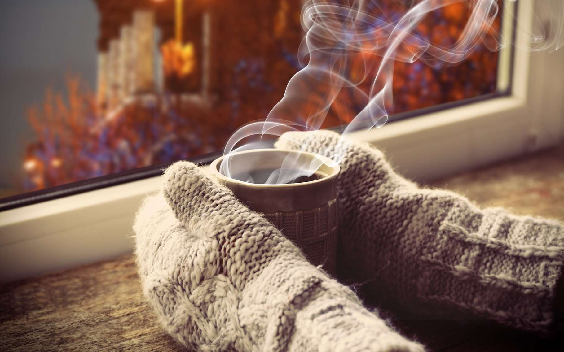 Le froid peut provoquer une crise de la maladie de Raynaud. La solution : se réchauffer et bouger les doigts. © Africa Studio, Shutterstock