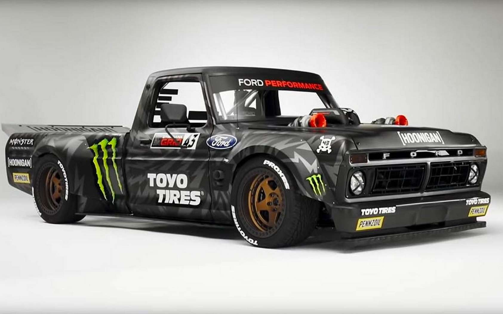 Le pick-up Hoonitruck de Ken Block et son collecteur d'air en aluminium fabriqué par Ford en impression 3D. © Ford Performance
