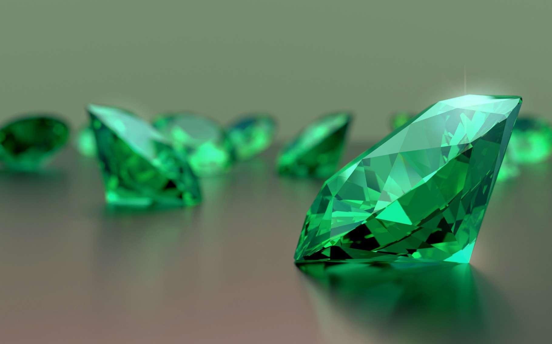L'émeraude — ici en photo – tout comme le diamant, le saphir et le rubis sont les quatre seules pierres qui peuvent être qualifiées de pierres précieuses. © sarawut795, Fotolia