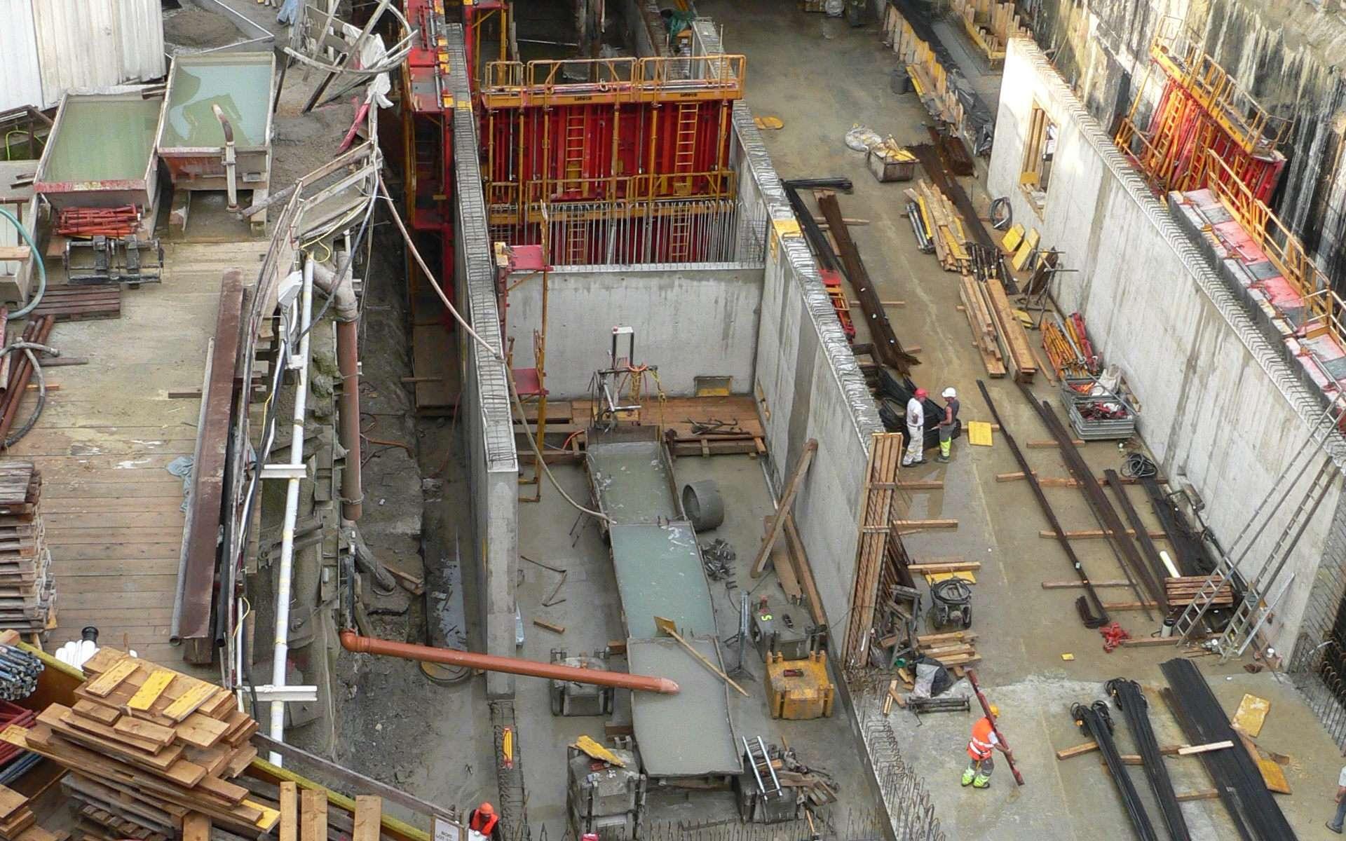 L'OPC est une mission de BTP qui garantit le bon fonctionnement d'un chantier. © Rama, CC BY-NC-SA 2.0, Wikimedia Commons
