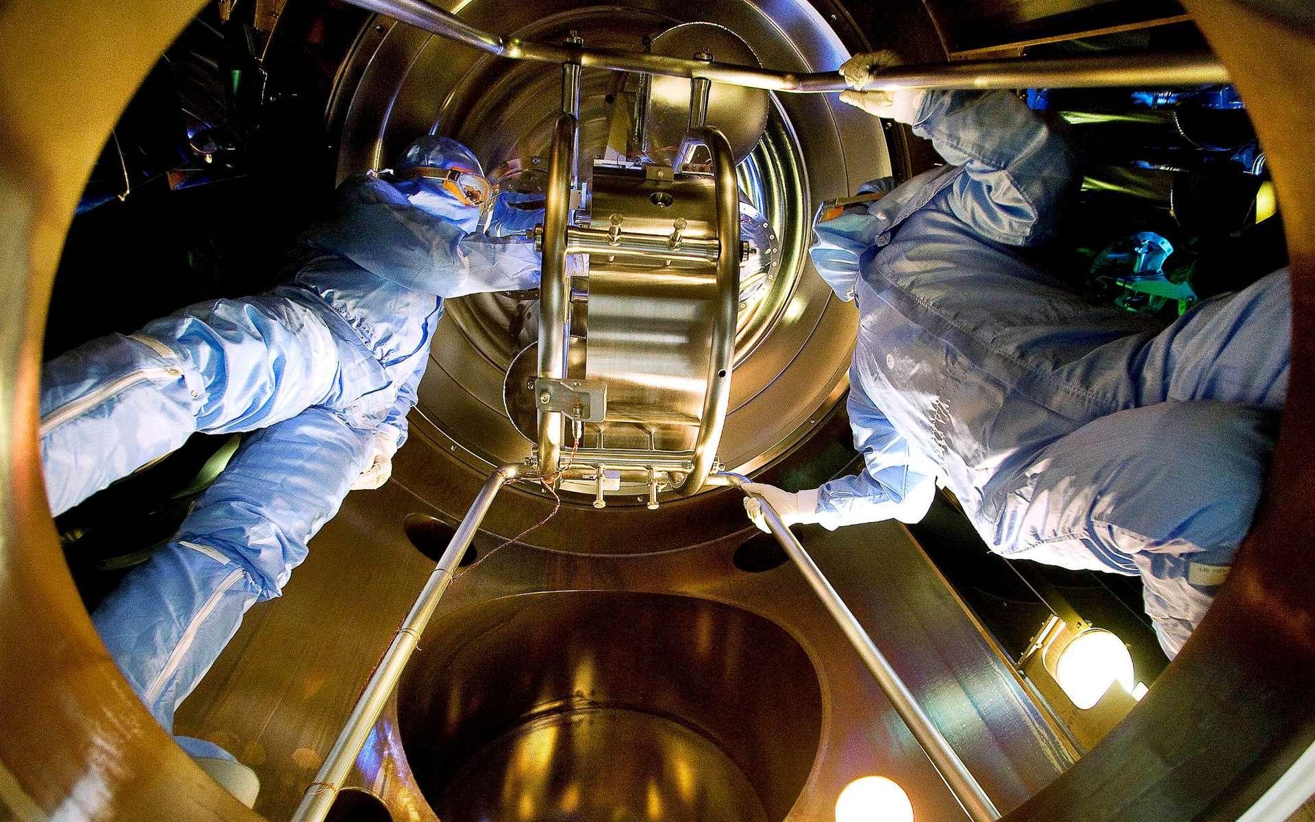 Une vue de l'intérieur de Virgo, le détecteur européen d'ondes gravitationnelles. © Istituto Nazionale di Fisica Nucleare