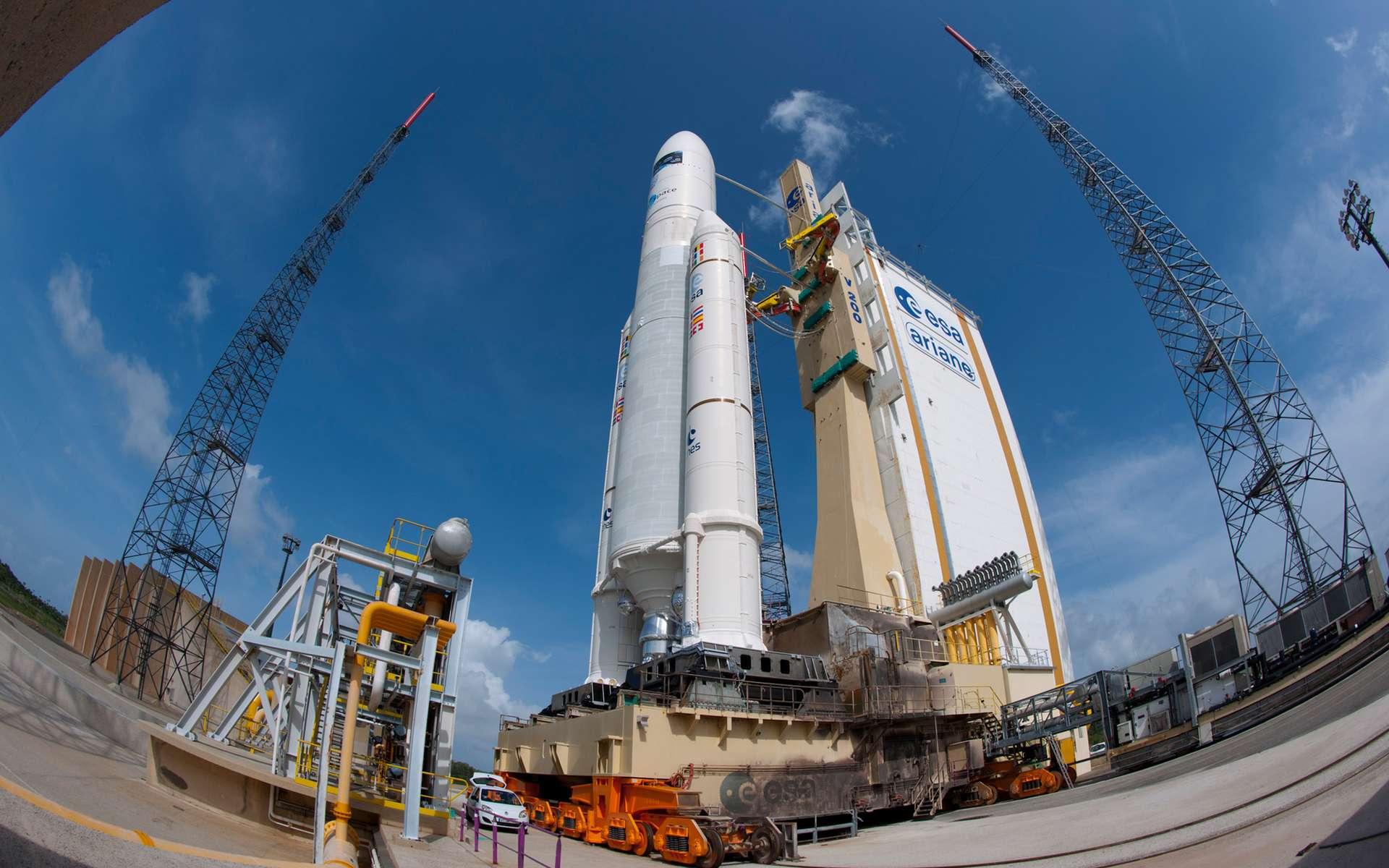 Lors de son lancement prévu ce soir, Ariane 5 devrait battre un nouveau record de performance. © ESA, Cnes, Arianespace, Service Optique du CSG