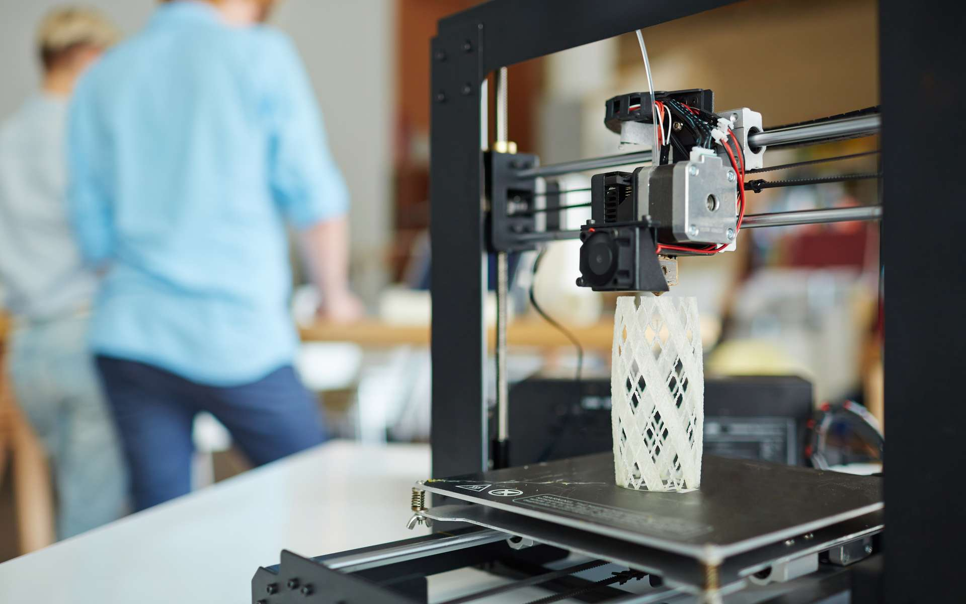 Les techniques d'impression 3D sont variées et il existe différentes imprimantes 3D. Ici, la MakerBot Replicator. © Adobe Stock, pressmaster