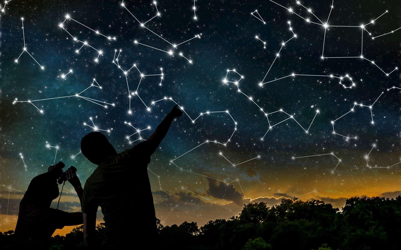 Les constellations du zodiaque se situent dans une bande de ciel dans laquelle se déplace le Soleil pour un observateur placé sur la Terre. © vchalup, Fotolia