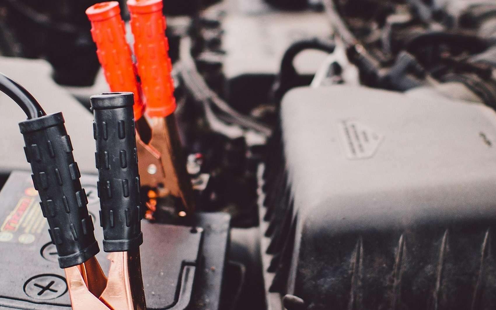 Batterie de voiture © StockSnap, Pixabay