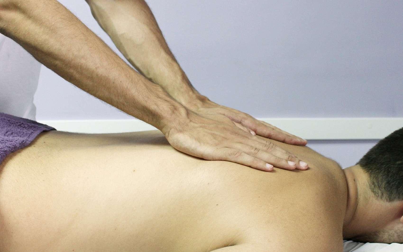 Kinesitherapeute et osteopathe : quelles différences ? © jarmon_88 by Pixabay