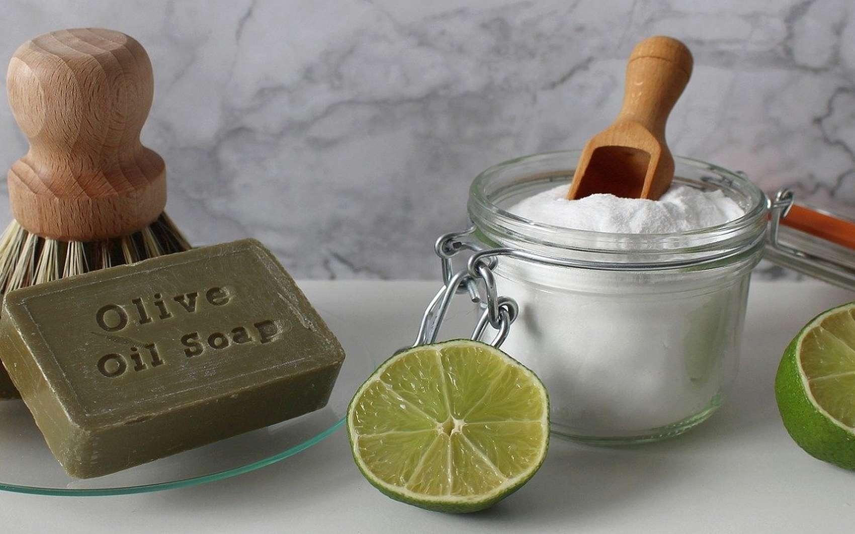 Fabriquer ses propres cosmétiques permet de maîtriser la composition des produits que l'on s'applique quotidiennement sur la peau. © kerdkanno, Pixabay
