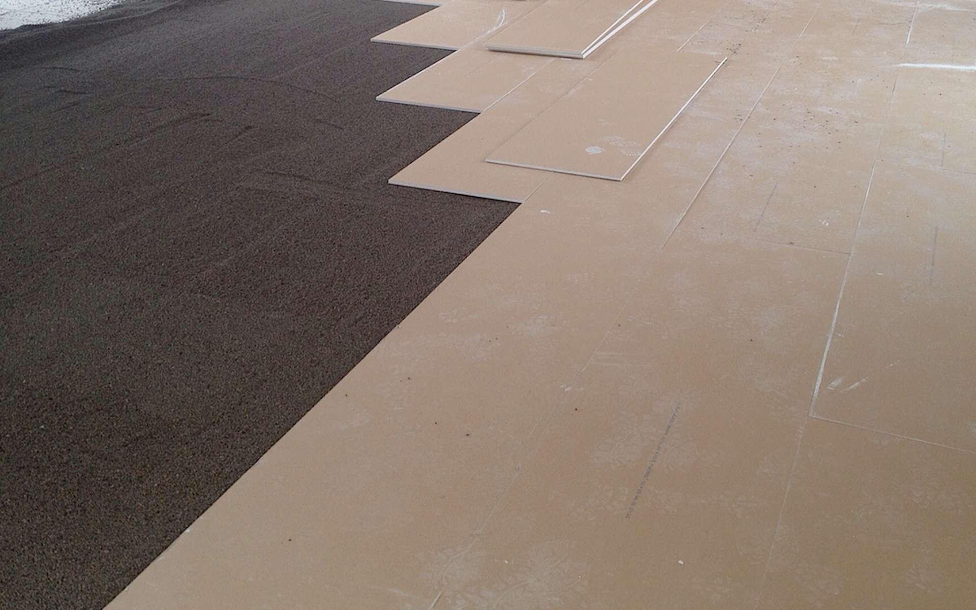 Procédé Placosol® associant granules en argile expansé et plaques de plâtre haute dureté © Combles Harnois
