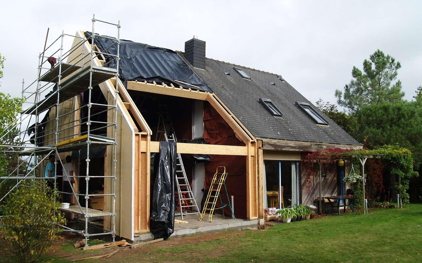 Des travaux de rénovation thermique peuvent aider à lutter contre la précarité énergétique. © Michèle Turbin, Flickr, CC by-sa 2.0