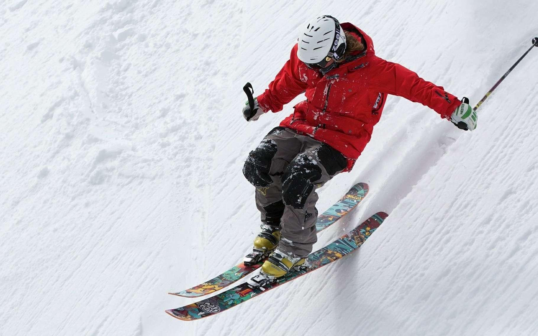 De nombreux produits sont fabriqués à partir de composites thermodurcissables. Dans les skis, un composite à matrice époxy renforcé de fibres de verre le plus souvent. © Up-Free, Pixabay, CC0 Creative Commons