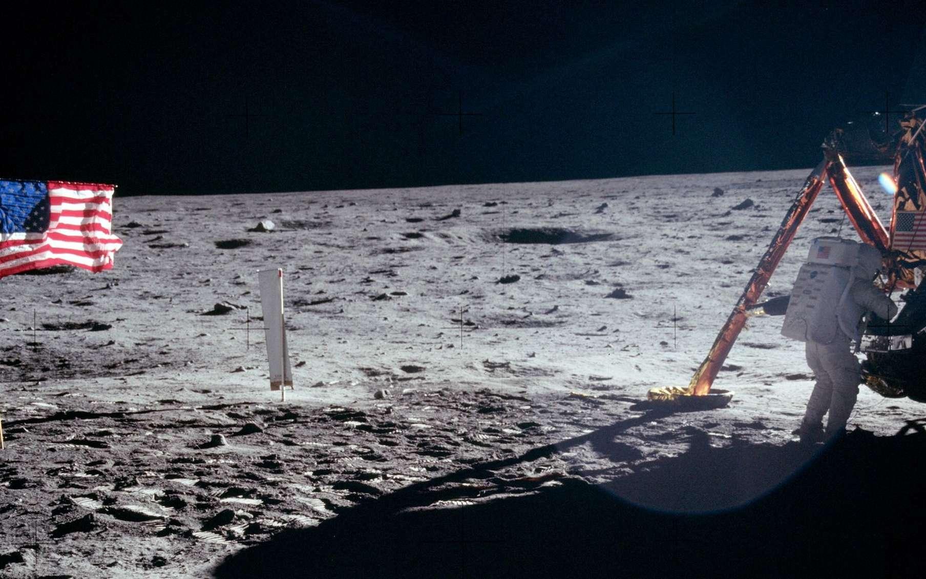 Neil Armstrong, le premier Homme à avoir marché sur la Lune, était un homme discret. Il l'est resté jusqu'à sa mort en 2012. © Nasa, Domaine public