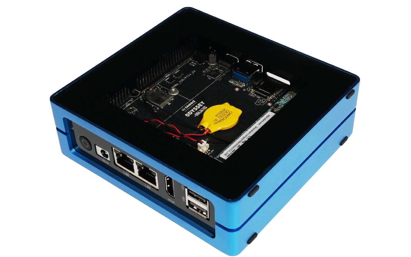 Ce mini PC possède assez de mémoire vive et un processeur correct pour un usage au quotidien. © Seeed Studio