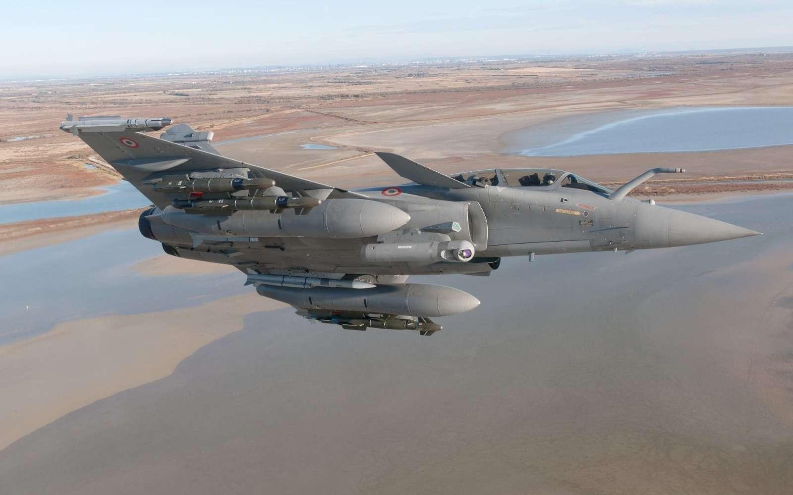 Pour se maintenir face au ténor américain qu'est le F-35, le Rafale est mis à jour très régulièrement. © Dassault Aviation
