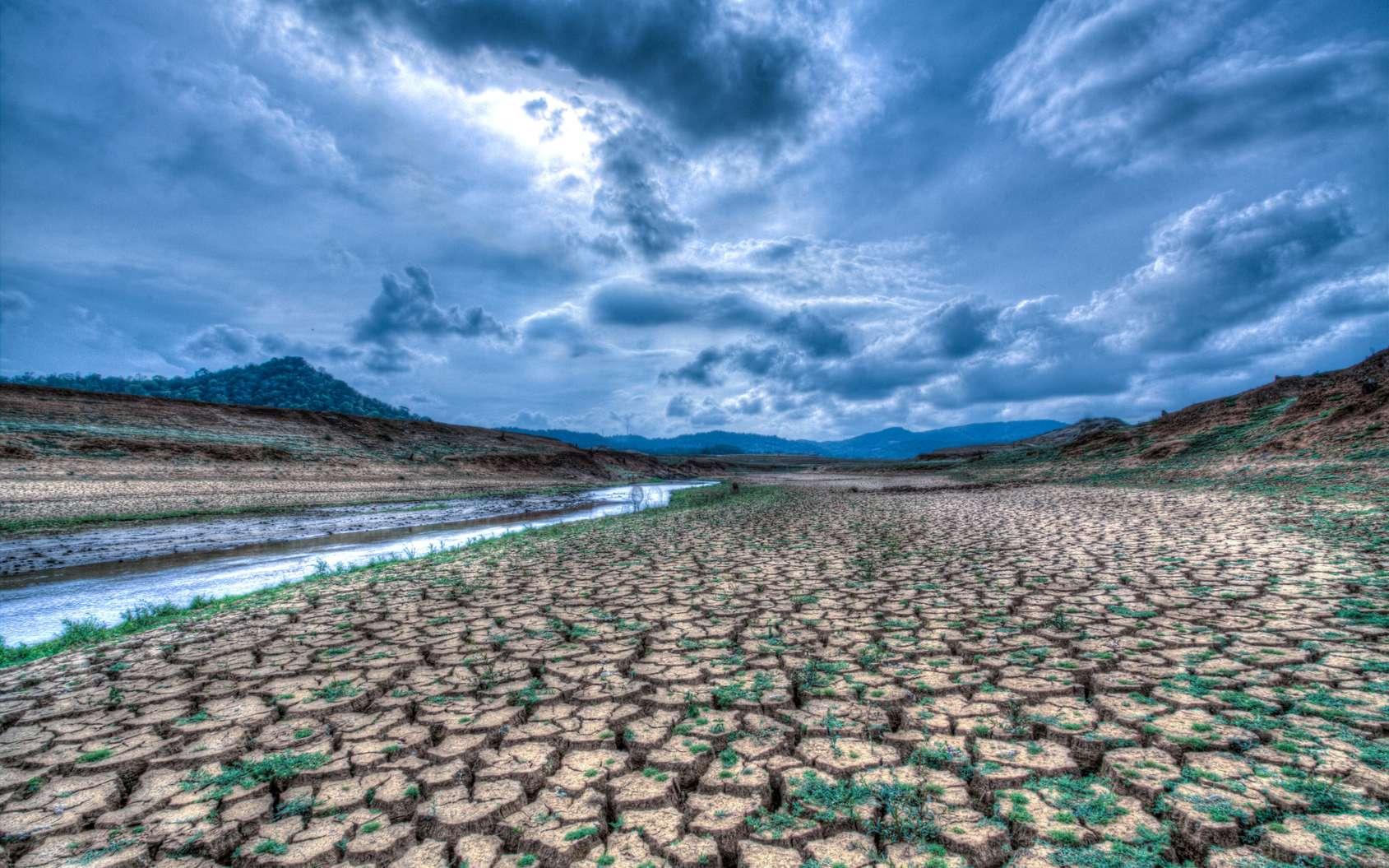 Des pluies plus intenses, mais des rivières à sec. © Siyapath - Fotolia