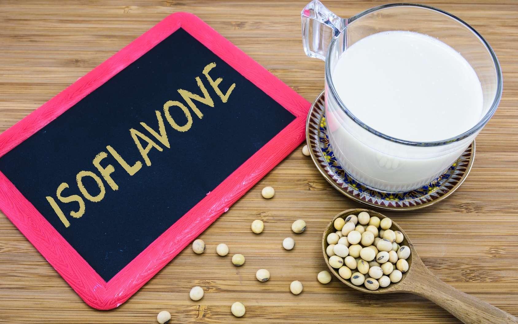 Le soja contient des isoflavones qui sont des pytoestrogènes. © topteen, Fotolia