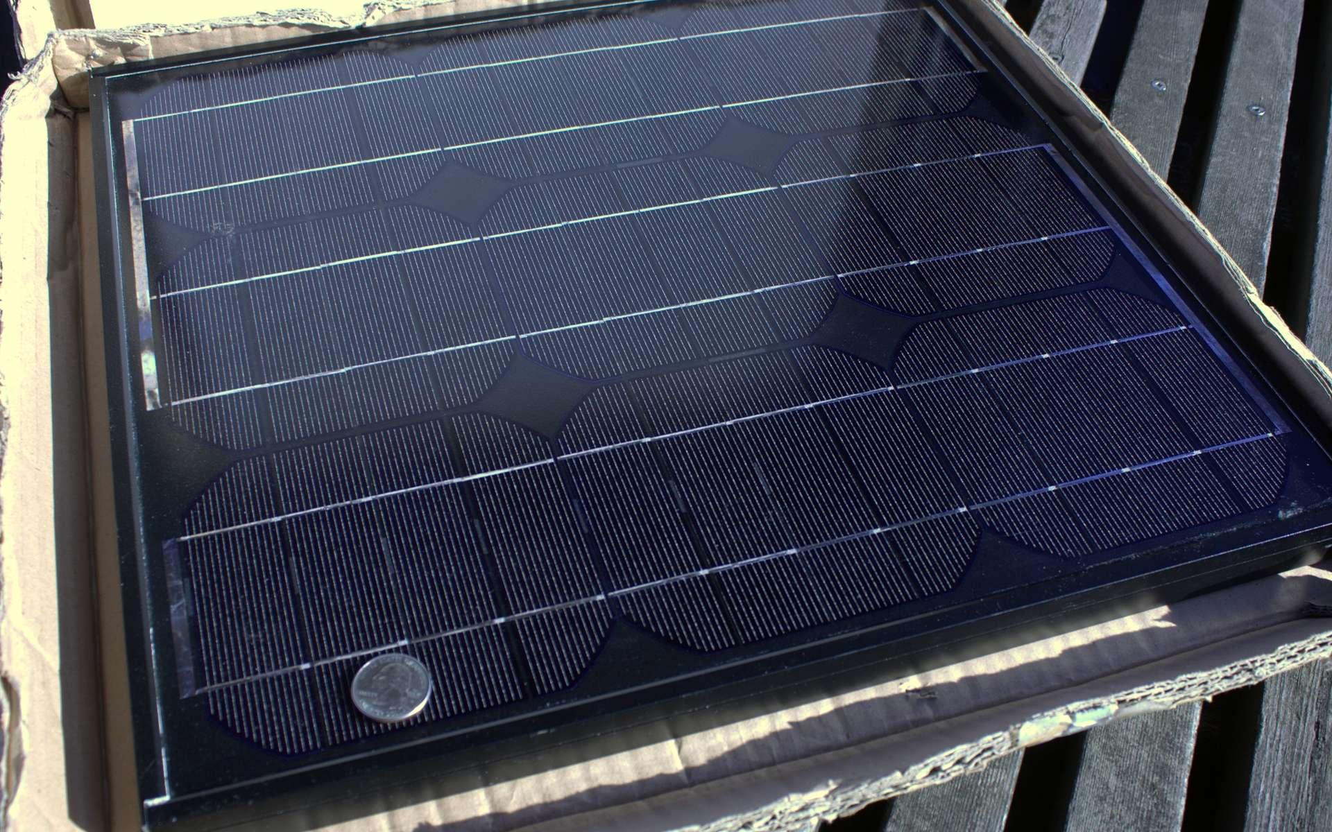 Un panneau solaire peut se faire avec du matériel de récupération. © Sam_churchill, Flickr, CC BY 2.0