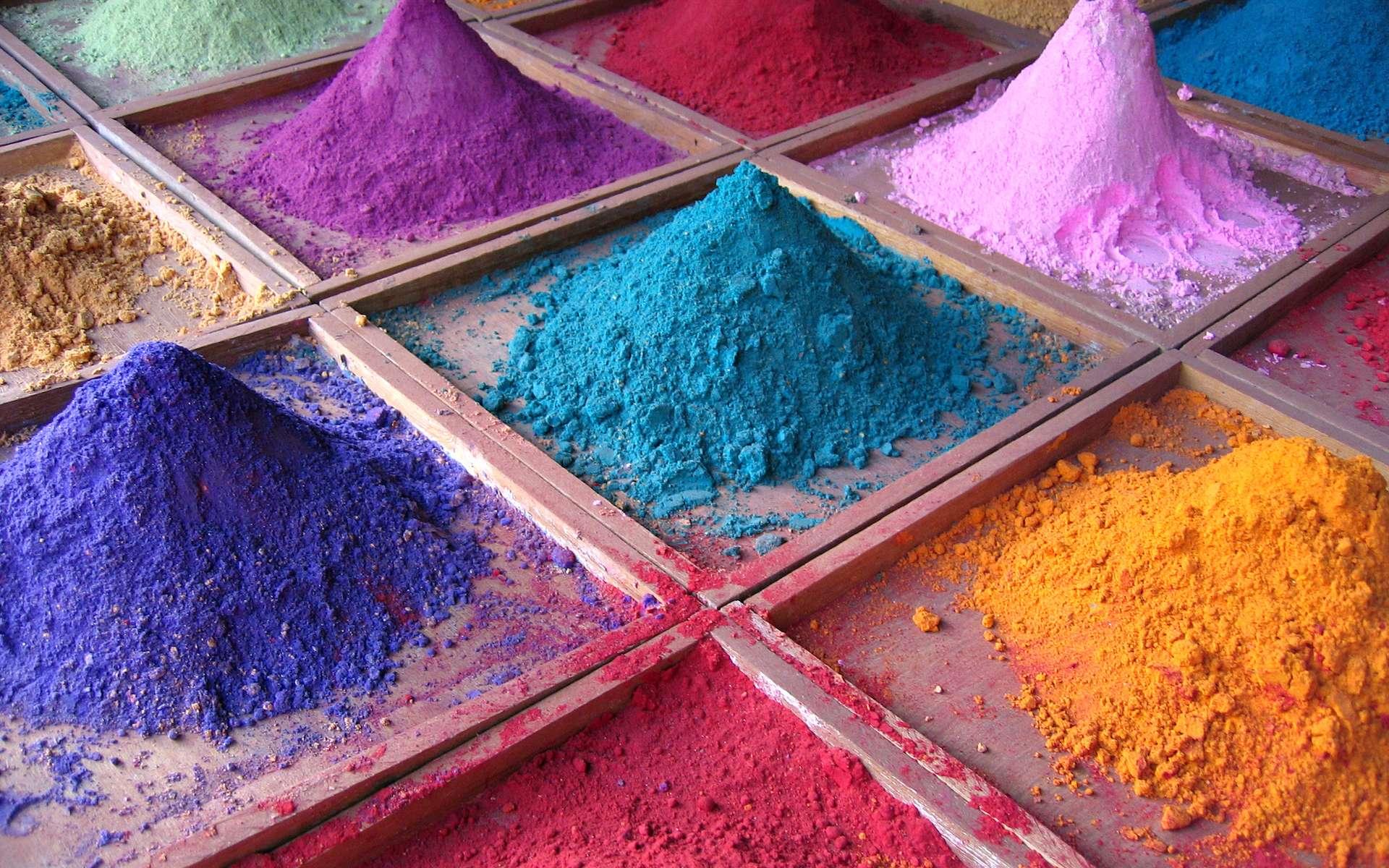 Un pigment est une substance colorée qui, à l'état artificiel, se présente souvent sous la forme de poudres. © Duncan Hull, Flickr, CC by 2.0