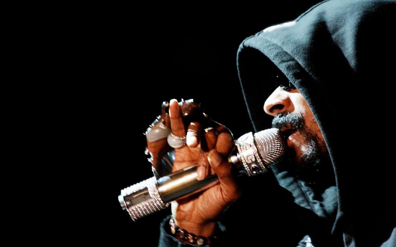Le célèbre rappeur américain Snoop Dogg a excellé dans l'art du freestyle rap. Cette créativité linguistique est due avant tout à l'inhibition des régions impliquées dans le contrôle de soi. © punk17er, Fotopédia, cc by sa 2.0