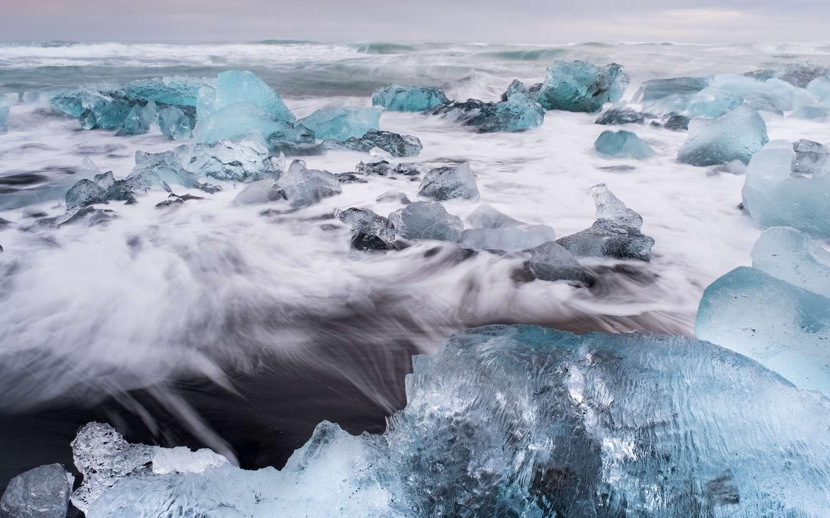 Les conclusions du prochain rapport spécial du Giec sur les océans et la cryosphère laissent entrevoir des impacts inquiétants, ne serait-ce que sur la population mondiale, en raison du réchauffement climatique et de la hausse du niveau des océans. © shocky, Fotolia