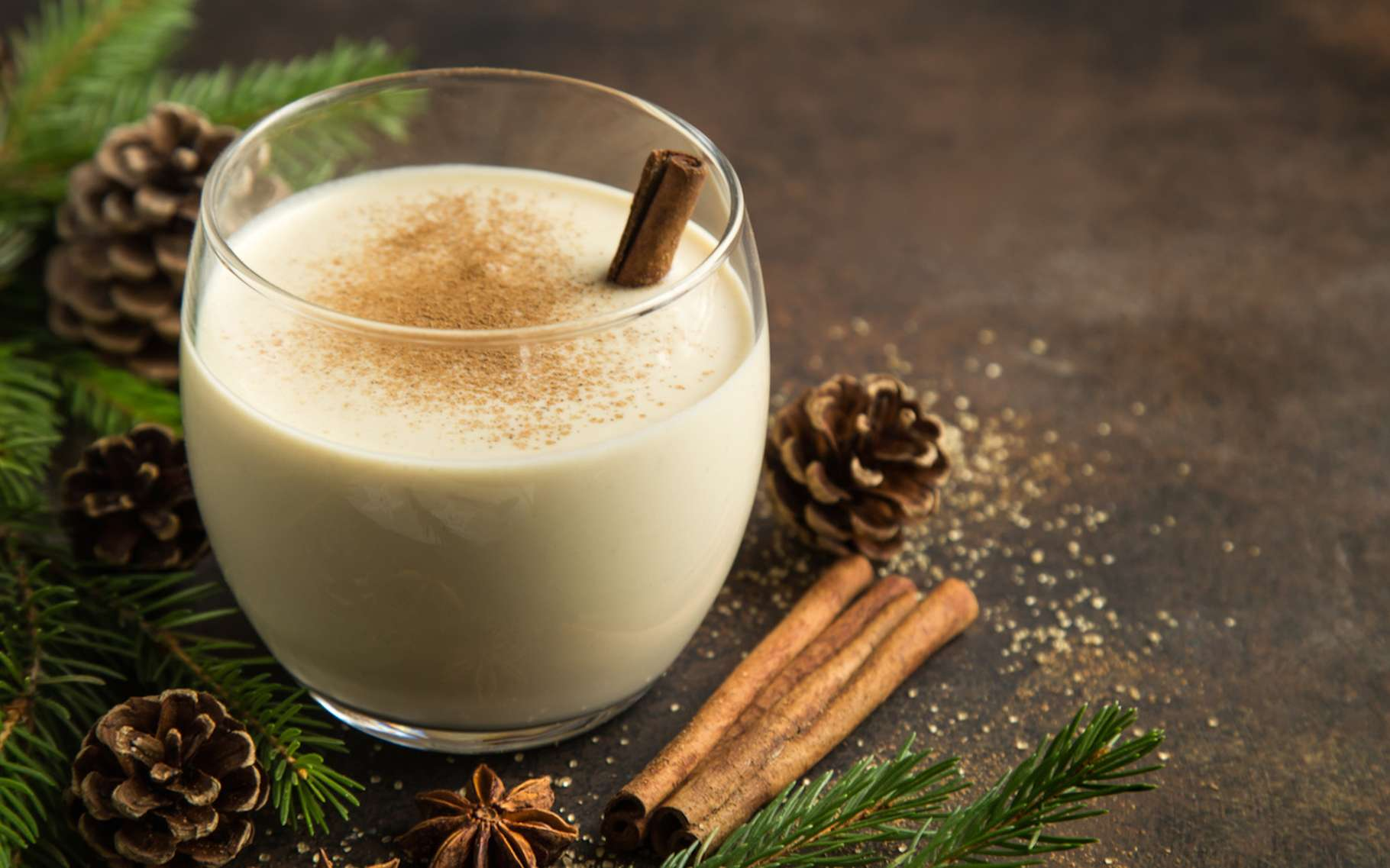 Le lait de poule est une boisson à base de lait et d'œuf, d'où sa dénomination. © anna_shepulova, Fotolia