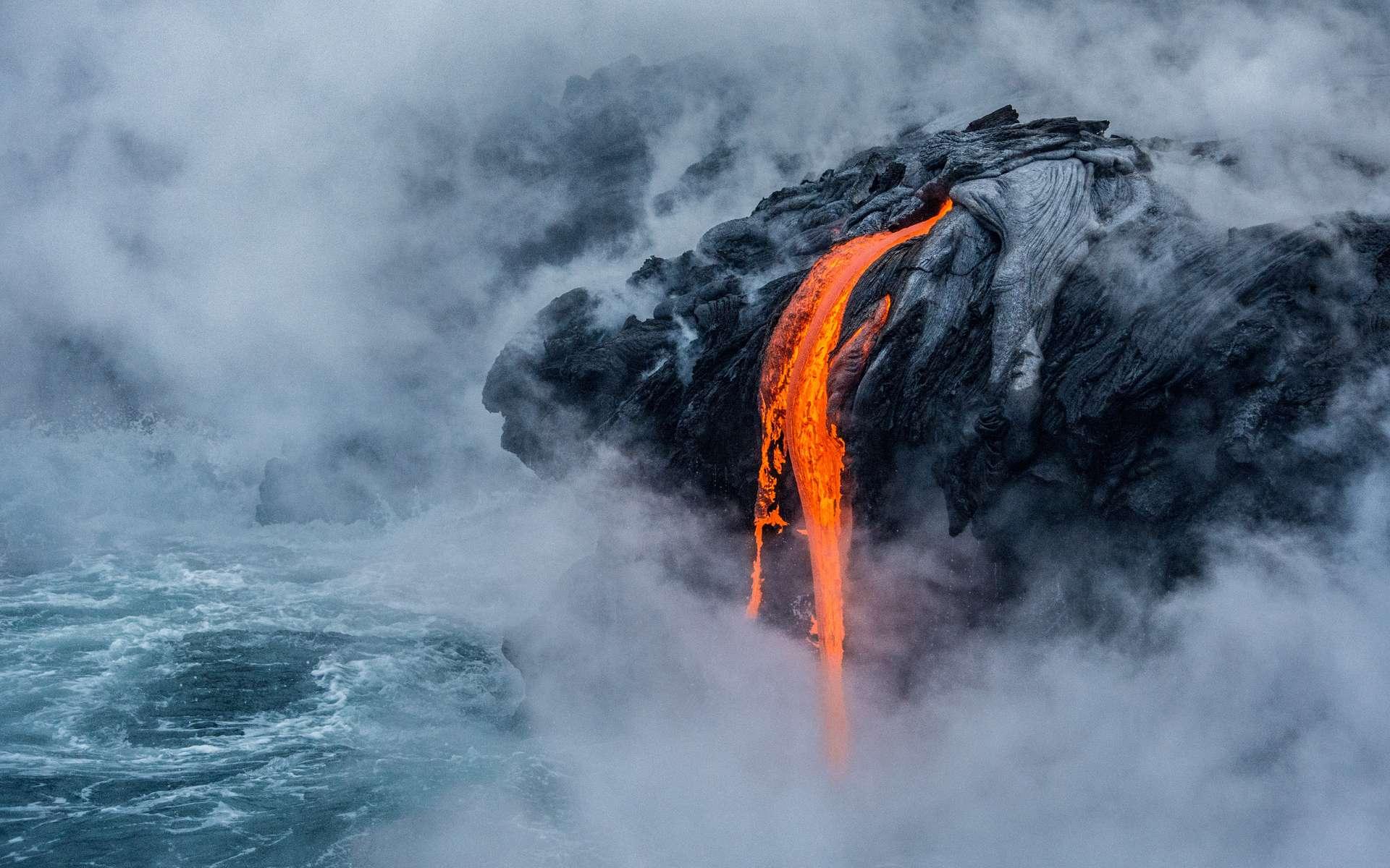 Découvrez les plus belles images de science de 2017. Ici, une fascinante coulée de lave, à Hawaï. © Sabrina Koehler, université de Hawaï