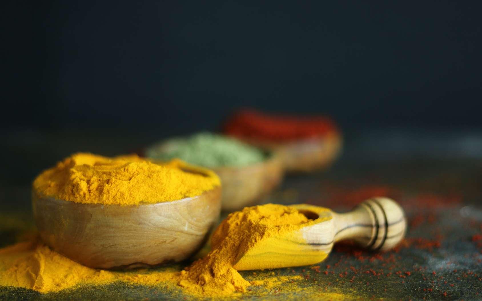 Le curcuma est la star des épices et sa molécule active, la curcumine, la star des compléments alimentaires. © DR