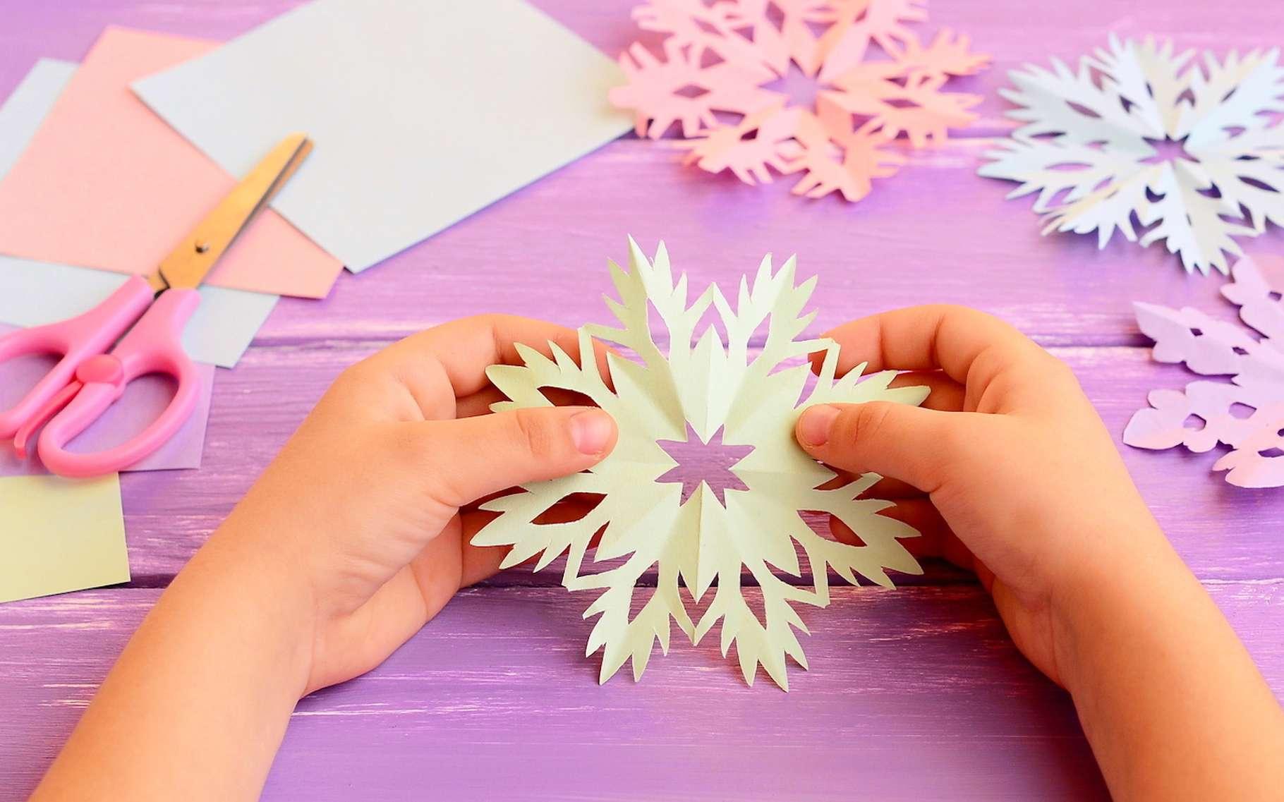 Le kirigami est l'art du découpage du papier. Les chercheurs comptent sur cet art pour concevoir des matériaux complexes. © onlynuta, Fotolia