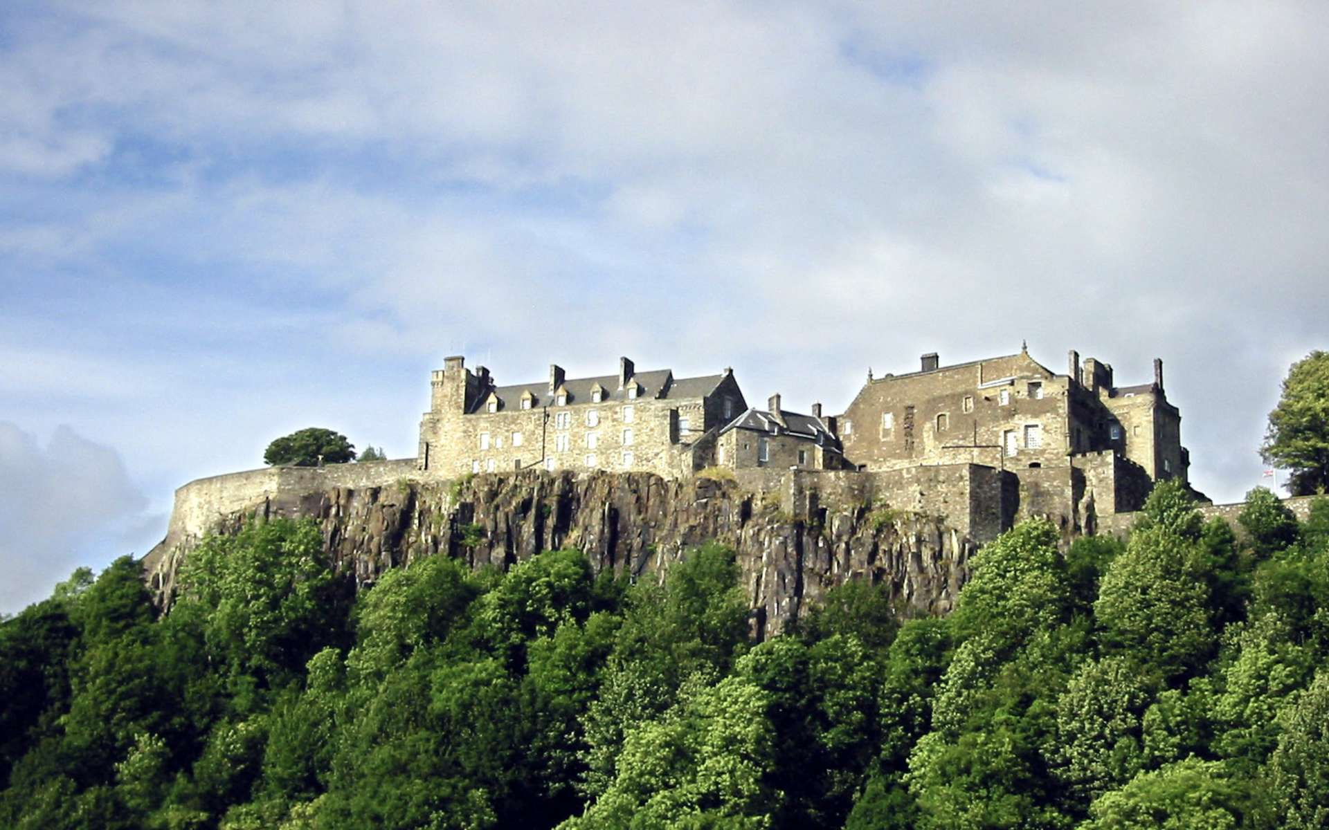 Le château de Stirling, vu sous l'angle sud-ouest. © Finlay McWalter, Wikimedia Commons, CC by-sa 3.0