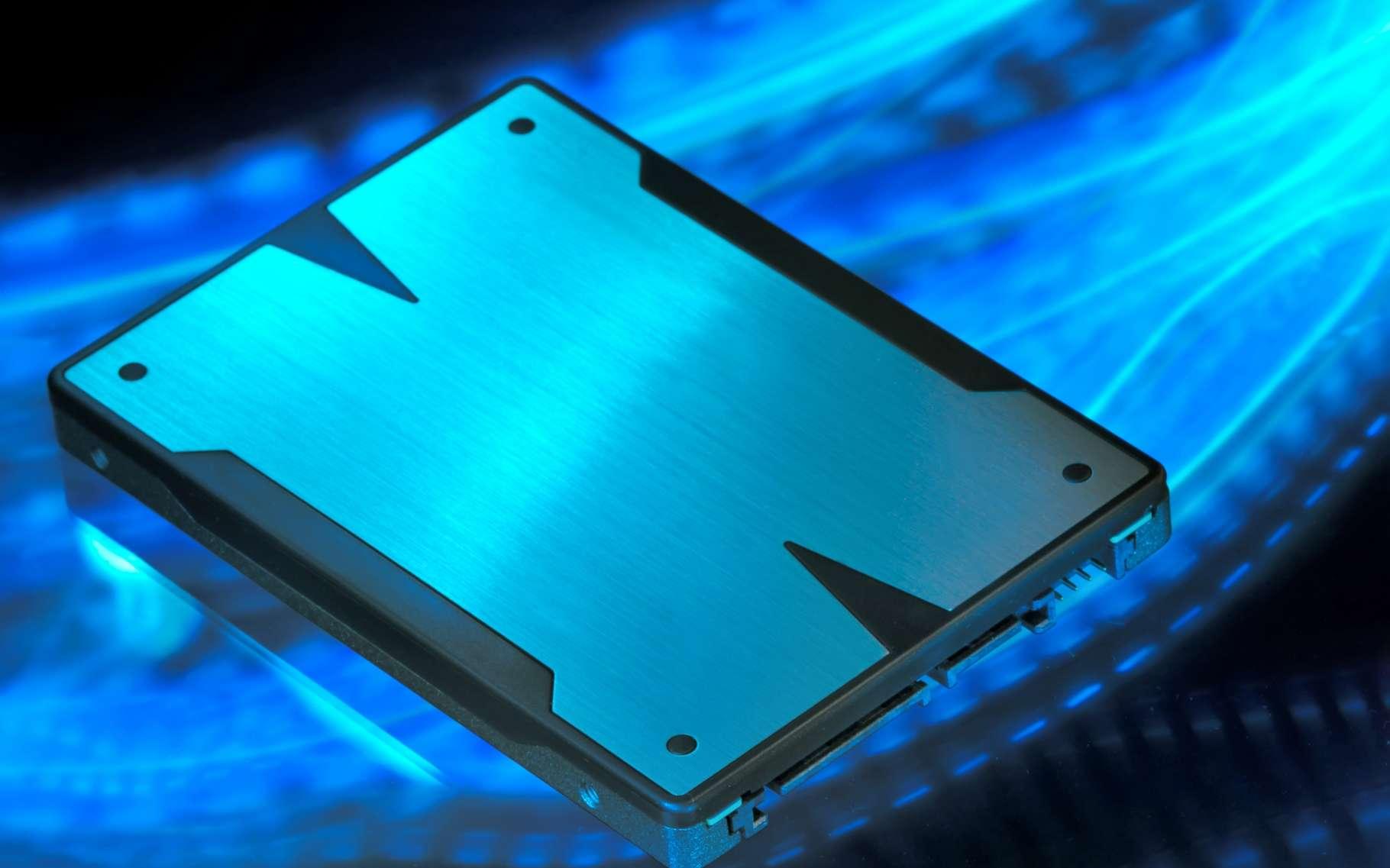 Avec près de 16 téraoctets, le nouveau SSD de Samsung s'adresse avant tout aux professionnels qui pratiquent l'archivage d'importants volumes de données. © Mady70, Shutterstock