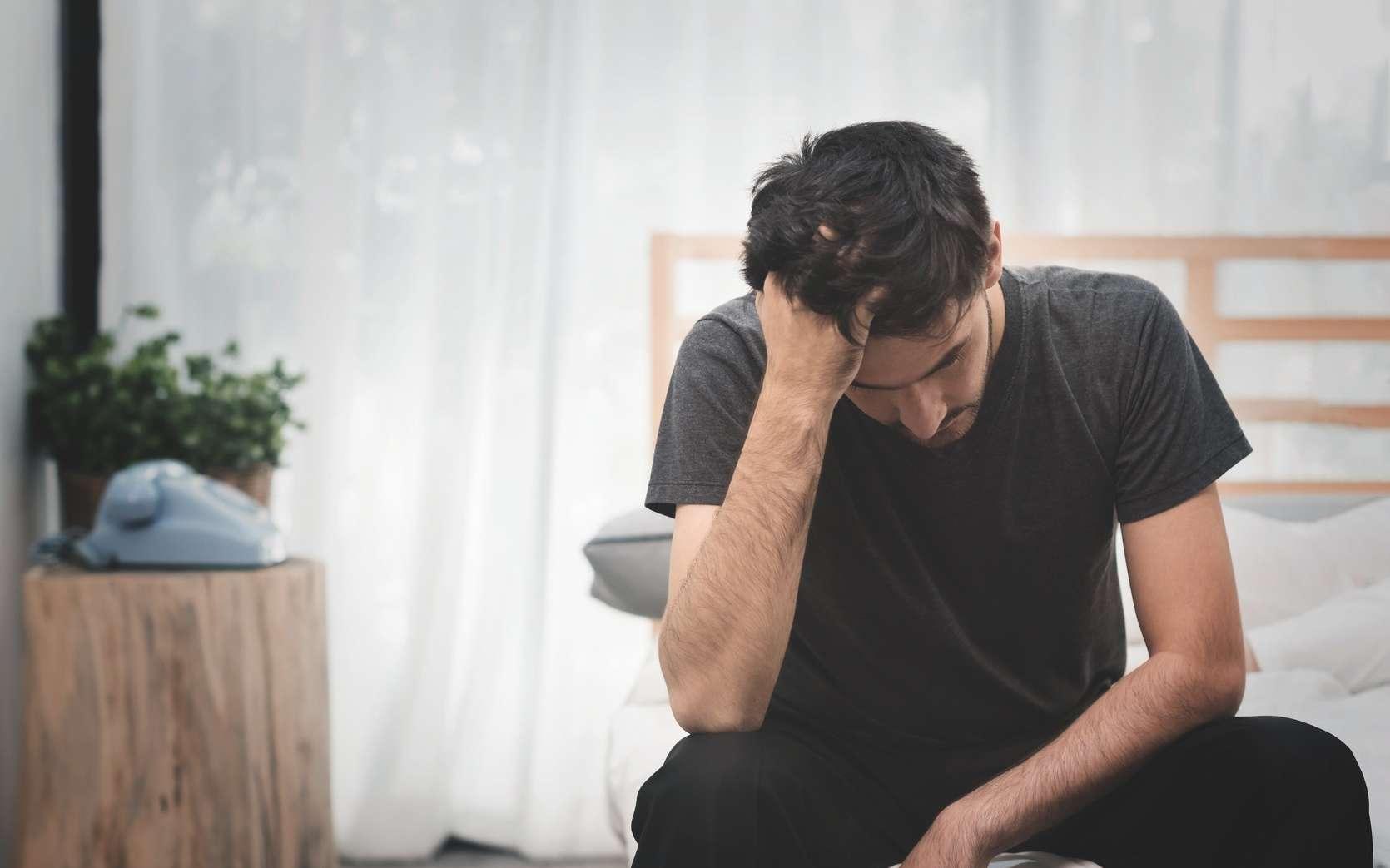 Dans une petite étude, des hommes qui souffrent de migraine avaient des niveaux d'œstradiol plus élevés que les autres. © eggeeggjiew, Fotolia