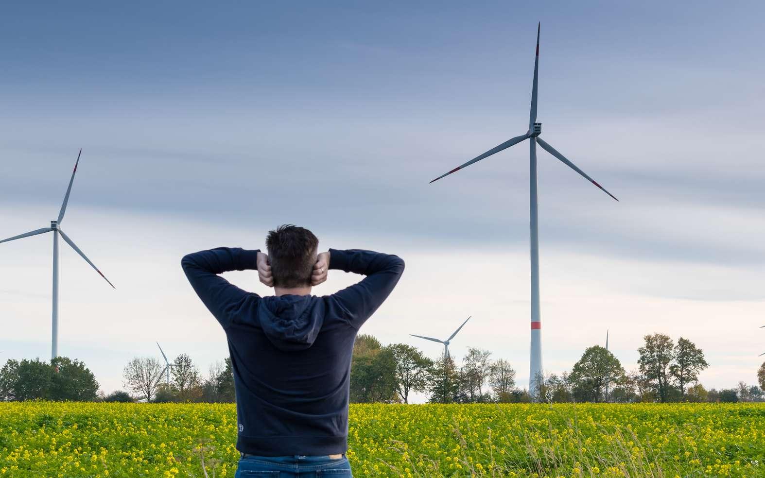 Le bruit des éoliennes fait l'objet d'une réglementation très stricte en France. © Fokussiert, Fotolia
